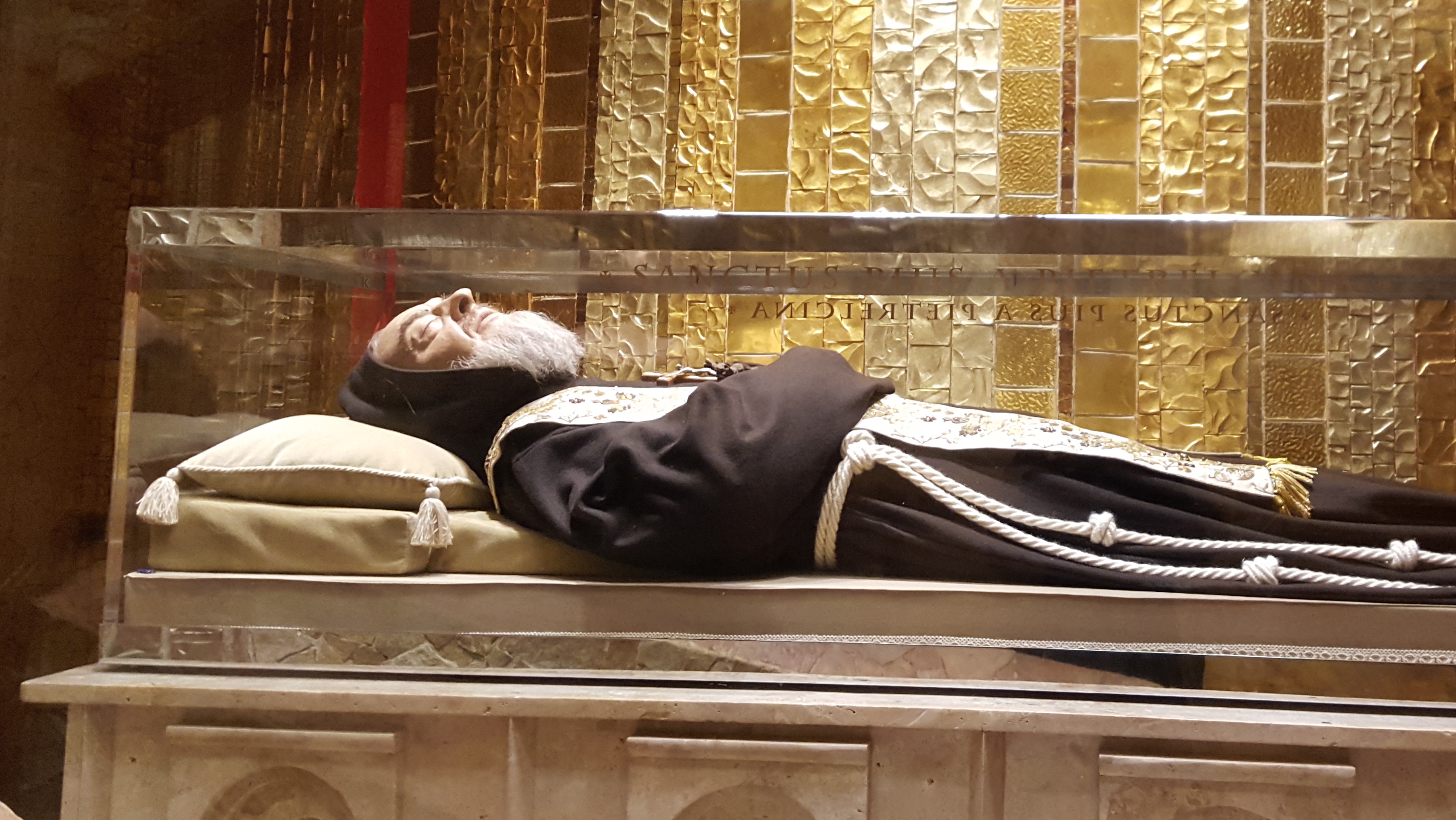 Italy Celebrating St Padre Pio November 2018 Catholic Faith  # Monte Pio Muebles